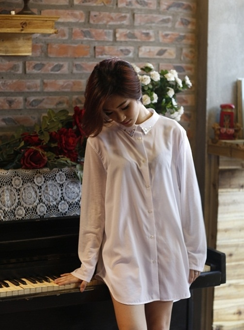 Hòa Minzy diện mốt mới không quần và phản ứng bất ngờ của Công Phượng
