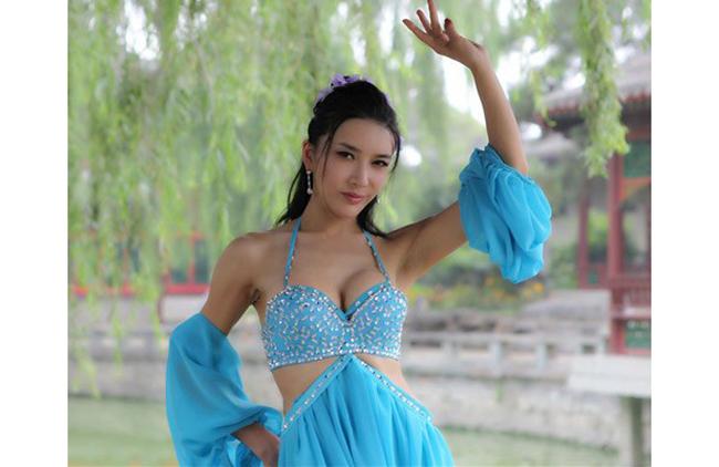 """Người đàn bà """"hư"""" nhất màn ảnh Hoa ngữ"""