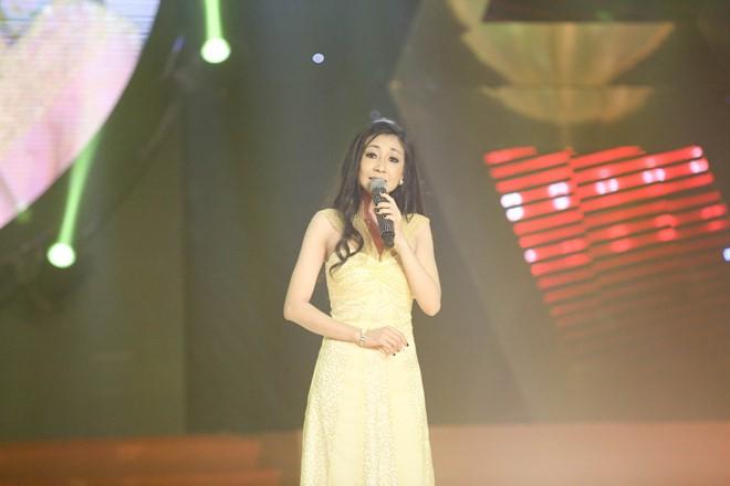 Cháu gái Thái Châu là thí sinh đầu tiên bị loại khỏi Tình Bolero