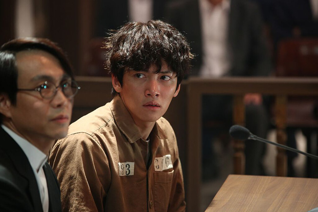 Phim mới của nam thần Ji Chang Wook gây ấn tượng với hàng loạt cảnh quay nín thở