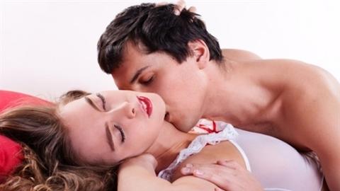 Vợ đẹp chưa đủ, vì chồng còn theo đuổi cả giấc mơ nóng bỏng