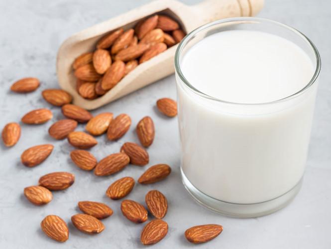 Khỏe đẹp nhờ sữa hạnh nhân
