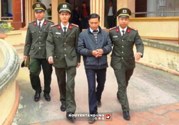 """Vụ huyện ủy viên bị bắt: Lộ diện tin nhắn """"vu khống"""" lãnh đạo huyện Quảng Xương"""
