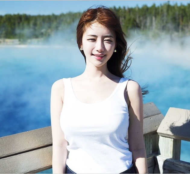 Chảy máu mũi trước nhan sắc của các nữ streamer gợi cảm nhất Châu Á