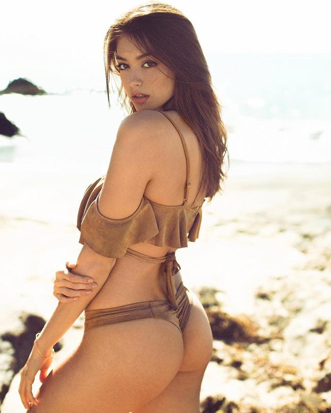 """20 khoảnh khắc tuyệt đẹp của """"thánh nữ bikini"""" sắp đến Vũng Tàu"""