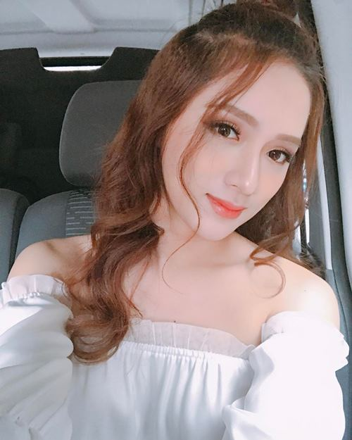 Ngất vì mặt thay đổi xoành xoạch của Hương Giang Idol