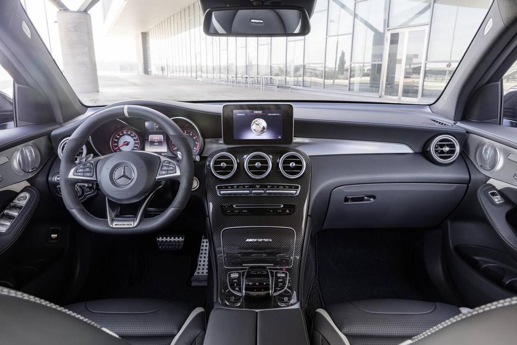 Mercedes GLC 63 AMG 2018 công suất từ 476 mã lực - Hình 7