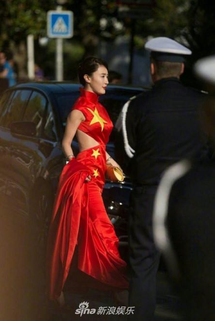 Fan Hoa Ngữ muối mặt vì dàn Sao hạng bét làm lố tại thảm đỏ Cannes 2017