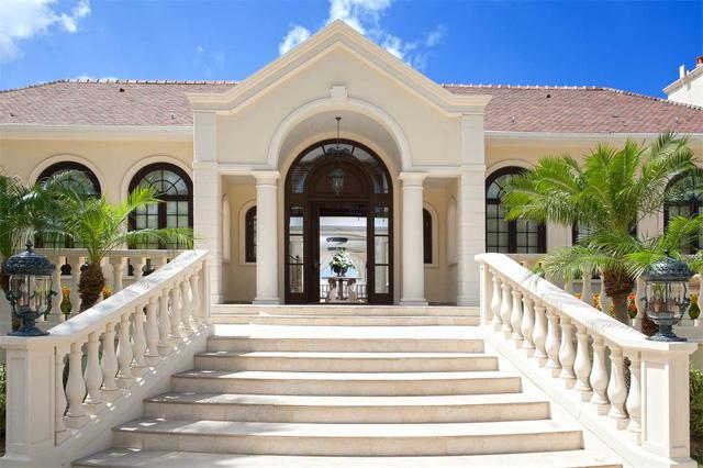Bên trong biệt thự rao bán 28 triệu USD của Tổng thống Trump