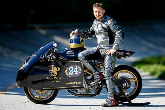 Chết mê Ducati Monster bản độ Mèo săn chuột - Hình 10
