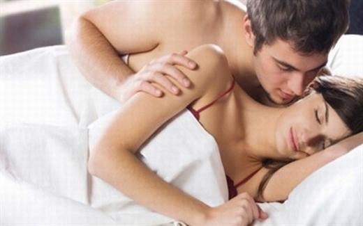 Chín mặt vì bị &'xì hơi' khi &'ân ái cùng chồng - Hình 1