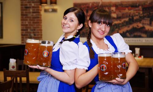 Du khách Anh bị bắt vì vượt biên sang Nga để uống bia - Hình 1
