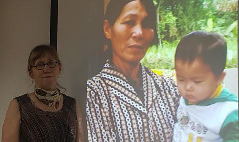 Nhà báo Mỹ: Chuyện nào ở Mỹ Lai cũng khiến tôi ám ảnh - Hình 2