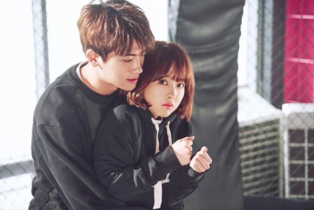 Nhũng cặp đôi sao Hàn được fan mong phim giả tình thật nhất - Hình 6