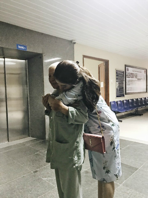 Thanh Sống chung với mẹ chồng ôm cả hai vợ trong hậu trường phim - Hình 8