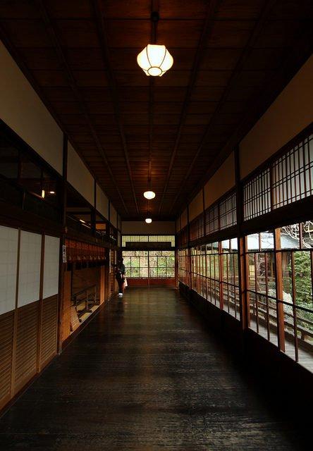 Ở nhà sàn gỗ mộc mạc, người Nhật chẳng sợ trộm đột nhập nhờ hệ thống chống trộm hiệu quả từ thế kỷ 17 - Hình 1