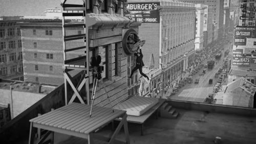 Choáng với kỹ xảo điện ảnh một thời cùi bắp của Hollywood - Hình 6
