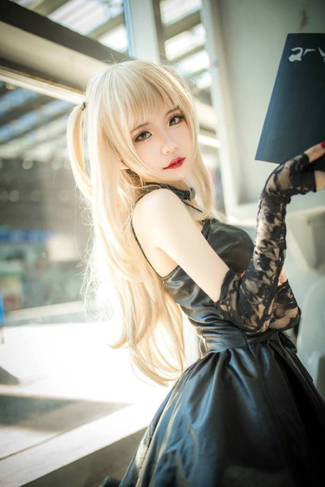 Cùng ngắm cosplay Misa Amane cực dễ thương trong Death Note