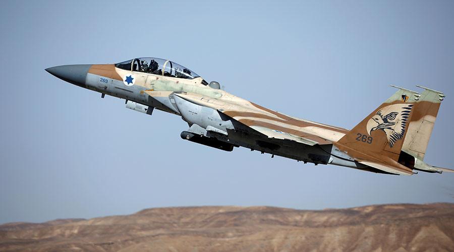 Israel điều chiến đấu cơ tấn công 2 xe tăng Syria - Hình 1