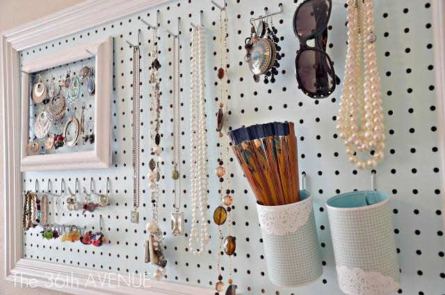 Thích thú với 15 mẫu giá để đồ trang sức làm đẹp phòng bạn