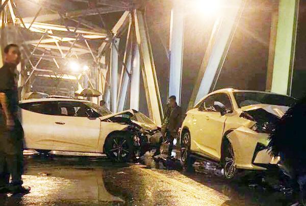 Hé lộ nguyên nhân tai nạn làm xe máy đứt đôi, 3 người chết