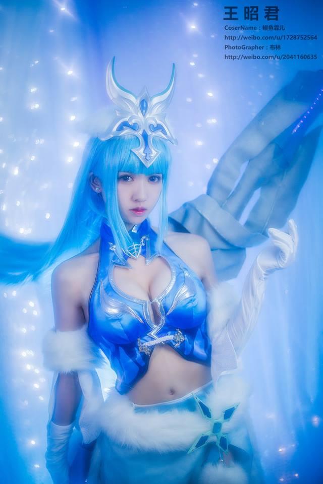 Cùng ngắm cosplay Vương Chiêu Quân tuyệt đẹp - Một trong Tứ đại mỹ nhân của Trung Quốc