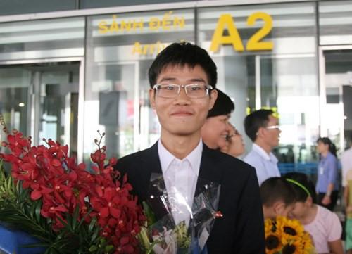 Đinh Quang Hiếu lần thứ 2 đoạt HCV Olympic Hóa học quốc tế