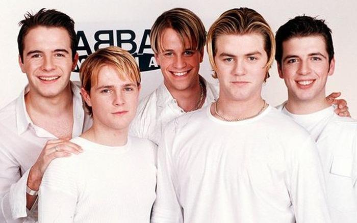 Đố ai không hát theo những bài hát kinh điển này của Westlife?