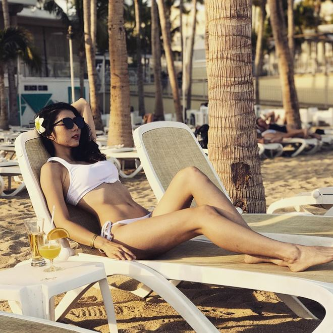 Kiều nữ Mỹ nhân kế trần tình vụ mặc bikini bé xíu và quá mỏng, bị chê phản cảm