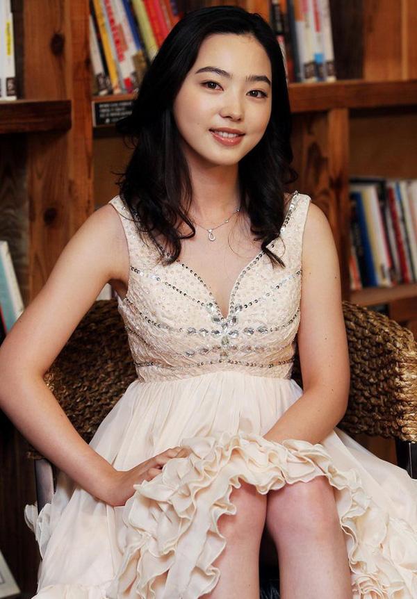 Ngắm nhìn nhan sắc nữ hoàng bida Cha Yu-Ram