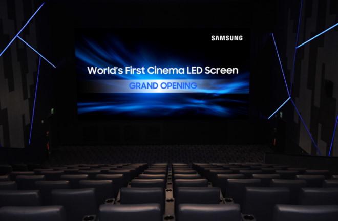 Samsung muốn thay thế máy chiếu phim bằng màn hình 4K dài 10 mét