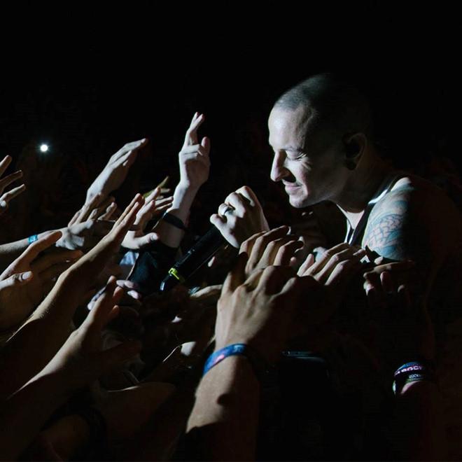 Heavy - thông điệp cuối cùng của trưởng nhóm Linkin Park