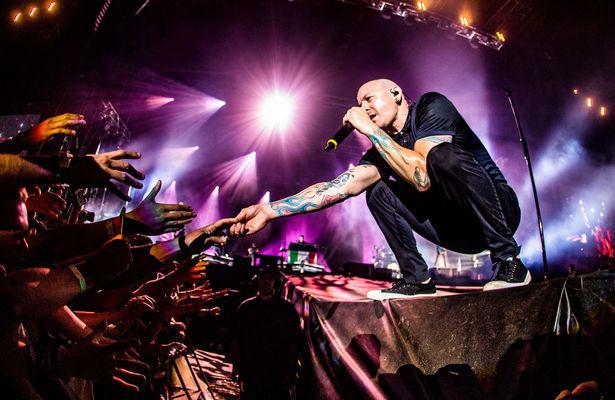 Cảnh sát tiết lộ chi tiết về cái chết bi thương của trưởng nhóm Linkin Park