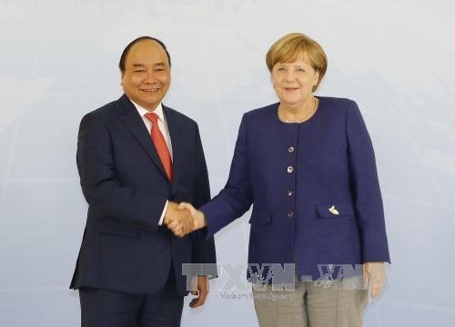 Thủ tướng hội đàm với Thủ tướng Đức Angela Merkel - Hình 1