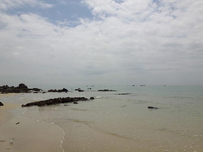 Gần Hà Nội có một hoang đảo Robinson tuyệt đẹp và bình yên đến lạ