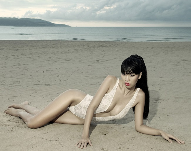 Thần Vệ Nữ Việt sexy với bikini dễ gây hiểu nhầm không mặc gì - Hình 16