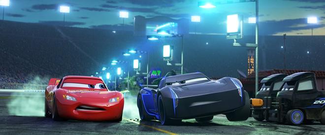 Có gì mới trong phần 3 loạt phim Cars đình đám của Pixar?