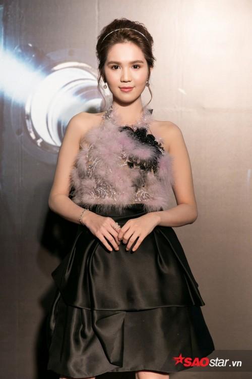 Ngọc Trinh thừa nhận đang hẹn hò đại gia Đà Nẵng sau chia tay Hoàng Kiều