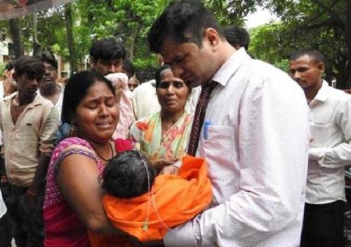 Ấn Độ sốc vì 60 trẻ em chết ở bệnh viện công trong 5 ngày
