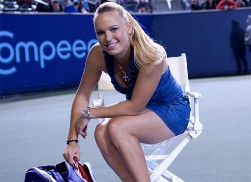 Chiêm ngưỡng thân hình 'không thể chê' của tay vợt Wozniacki