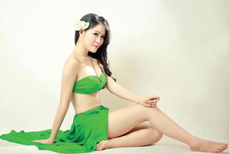 Mãn nhãn ngắm dàn người đẹp Miss Photo với bikini màu xanh lá
