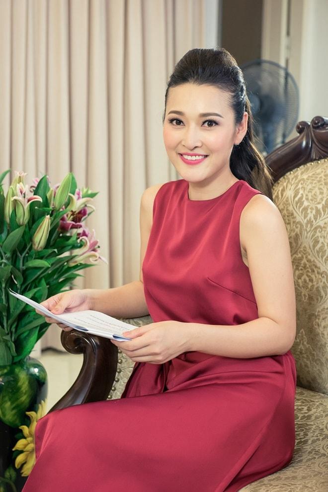 MC Lê Thùy Linh thế chỗ Đan Lê, làm vợ của Phan Hải Việt Anh