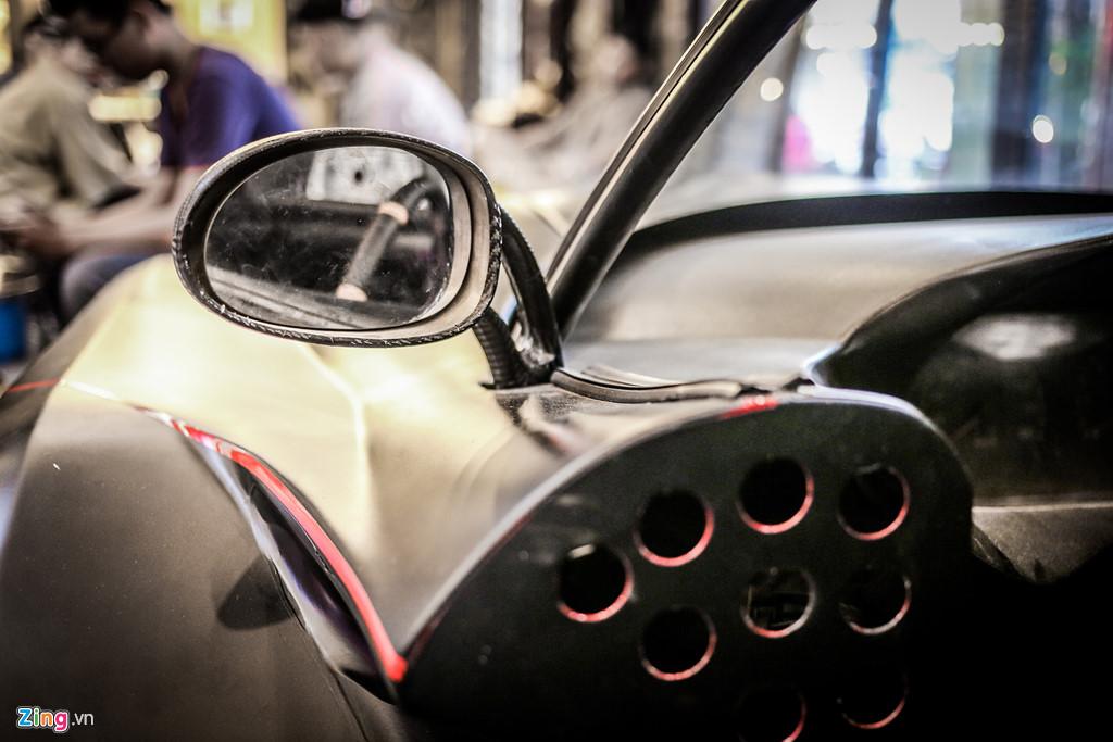 Xe 5 bánh tự chế dùng động cơ 1.000 phân khối của thợ Việt