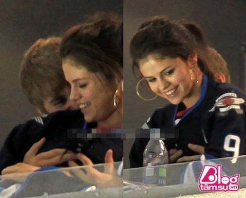Yêu Justin Bieber suốt ngày bị sàm sỡ, đây là cách các bạn trai khác đối xử với Selena Gomez