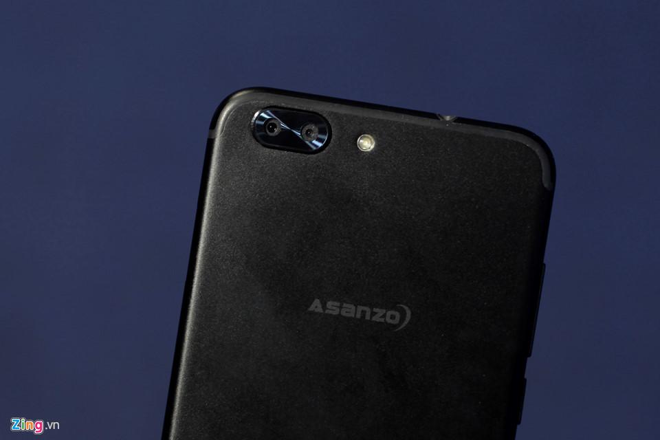 Ảnh thực tế bộ đôi smartphone giá rẻ của Asanzo vừa ra mắt