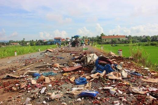 Tai nạn 5 người chết: Nạn nhân nhớ lại khoảnh khắc văng khỏi xe