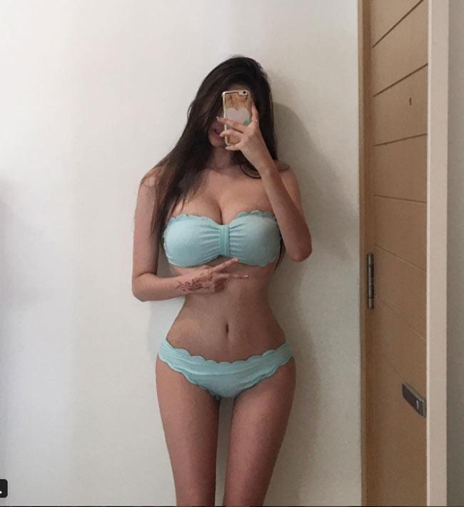 Tranh cãi quanh hai nàng Hàn Quốc mặt búp bê thân hình sexy khó tin