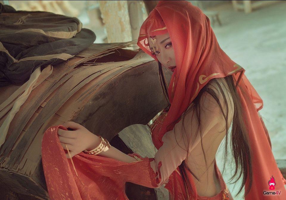 Chiêm ngưỡng bộ ảnh Cosplay đẹp hút hồn của thánh nữ Hồng Y Giáo trong Võ Lâm Truyền Kỳ 3D