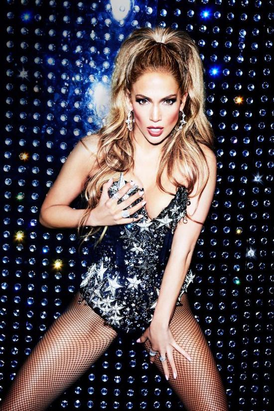 Jennifer Lopez tuổi 48 vẫn đẹp bốc lửa nhờ những điệu nhảy