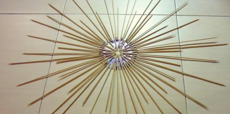 Trang trí nhà bằng đồ handmade bằng tăm tre - Hình 3